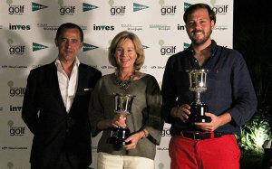 Pareja ganadora del XXI Torneo de Golf de El Corte Inglés, cuya final se disputó en El Rompido.