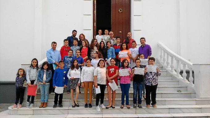 El programa Ágora Infantil de la UHU fomenta la participación democrática en dos colegios de Trigueros
