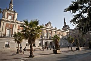 También han mantenido encuentros con el Ayuntamiento de Huelva.