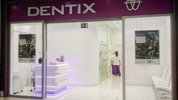 Una clínica dental abre sus puertas en Holea
