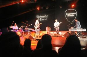 Marzo finalizó con el concierto de la cantante  Christina Rosenvinge dentro del ciclo Cantero Rock de la Universidad de Huelva.