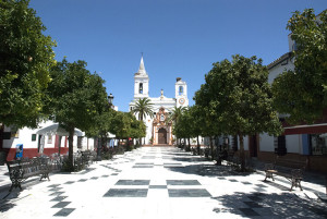 Plaza de la Iglesia de Almonte.