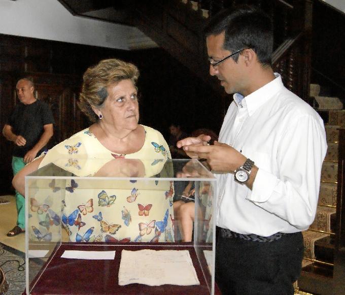 Isla Cristina pone en valor los documentos de su Archivo Municipal