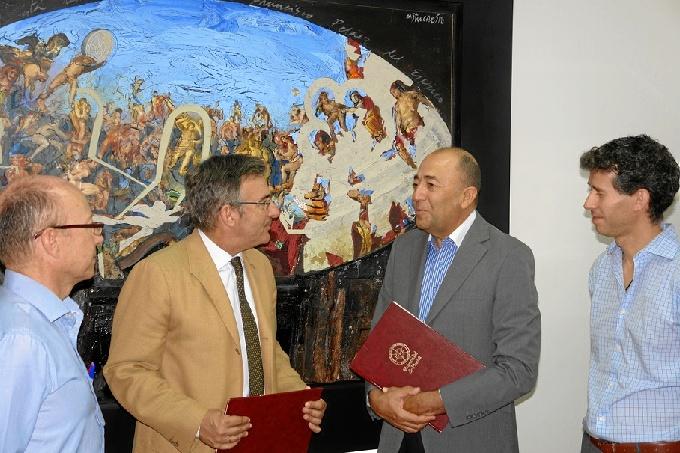 La Universidad de Huelva se apunta al convenio con Biotmicrogen.