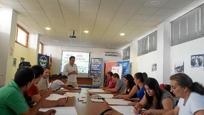 Entrega de diplomas del curso 'Huelva Avanza II'.