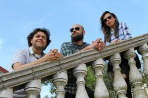 El grupo onubense consigue llega con este tercer trabajo después de 10 años de música.