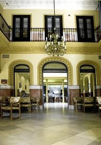 Trigueros. Salón de entrada del Casino. Foto de Azoteas.