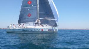 El barco Al Kevir Hospitales Nisa, del Club Deportivo Náutico de Punta Umbría.