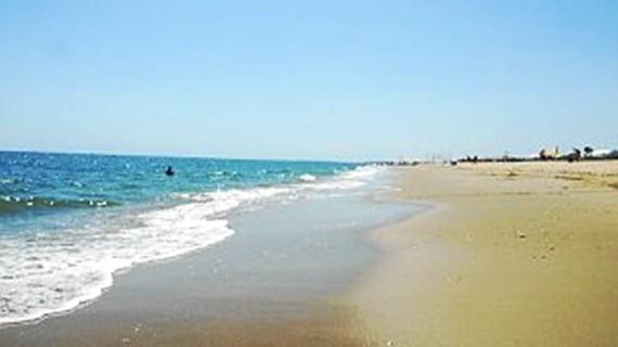 El análisis de las aguas de baño establece que las playas onubenses se encuentran en niveles de calidad adecuados