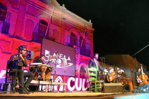 Planeta Jondo puso el broche de oro a la 33 Semana Cultural de San Juan del Puerto.