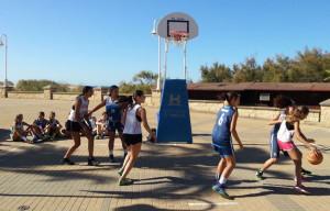 La penúltima estación del Circuito Provincial 3x3 de baloncesto se celebra en Moguer este sábado.