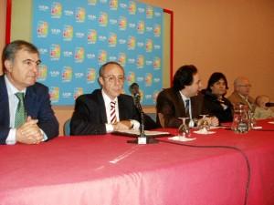 Con Gerardo Rojas, en un acto en 2007,