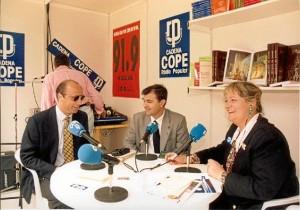 En una de sus primeras intervenciones en los medios. Era en un expositor de la Feria del Libro de Huelva de 1995.