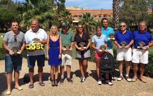 Los primeros clasificados en el torneo de golf disputado en Islantilla.