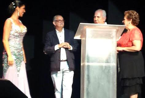 Joanna Jiménez prestó su voz en la VIII Gala a beneficio de Asoifal