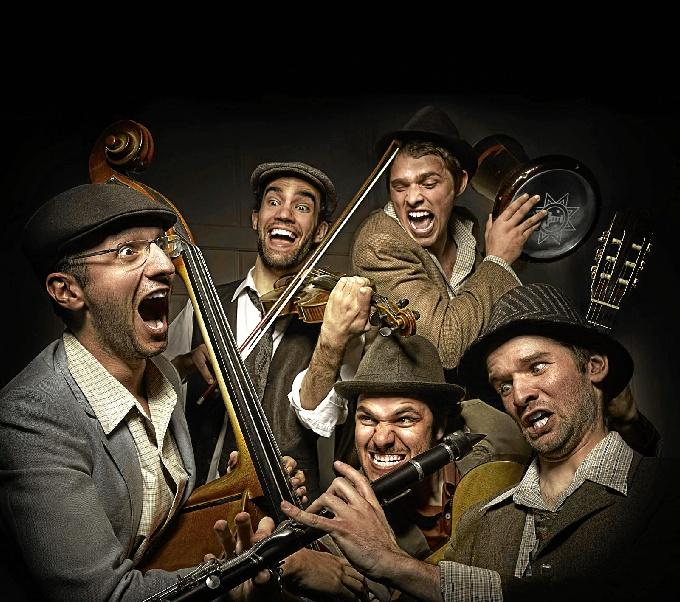 Un quinteto portugués que ha hecho de este género musical étnico de las comunidades judías todo un espectáculo.