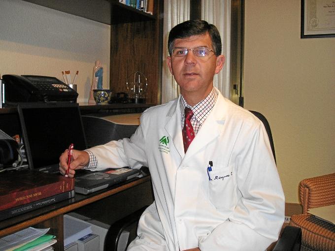 Emilio Márquez, médico de atención primaria en el Centro de Salud La Orden de Huelva, coordinador del estudio.