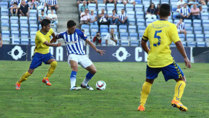 Jesús Vázquez, en plena acción durante el partido ante el Cádiz. / Foto: Josele Ruiz.