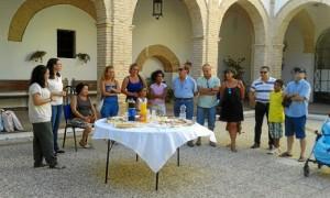 Un reconocimiento a las familias que se acogen al programa 'Vacaciones en Paz'.
