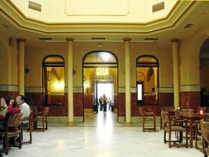 Trigueros.-Salon-principal-del-Casino.-Foto-de-Azoteas.-300×225