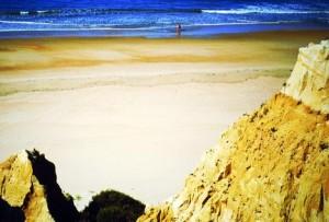 La playa de Arenas Gordas se encuentra situada entre Mazagón y Matalascañas.