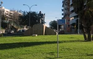 Monumento a Juan Ramón en Huelva. / Foto: quetiempo.es
