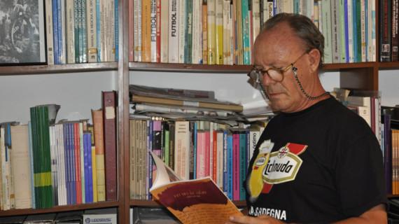 José Luis Rúa presenta su nuevo poemario 'Versos de color' en la Casa Grande de Ayamonte
