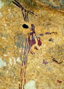 'La joven de la miel', una pintura rupestre en la que también puede estudiarse su ropajes.