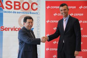 Esta alianza ha sido firmada por el presidente de ASBOC, Alfonso Bueno, y el director de Lubricantes de Cepsa, Carlos Giner.