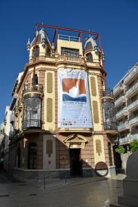 Fachade del Colegio Oficial de Arquitectos de Huelva.