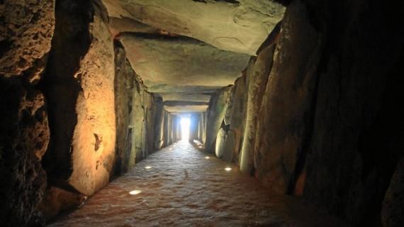 El Dolmen de Soto, incluido en dos rutas del programa  'Conozca la provincia de Huelva'