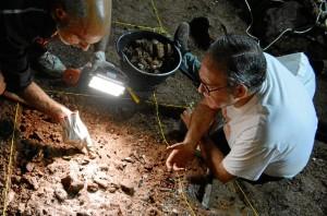 Pedro Cantalejo, en las excavaciones de la Cueva de Ardales.