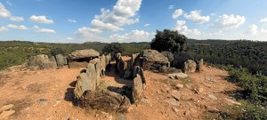 La riqueza megalítica de Huelva es enorme. En la imagen, El Pozuelo, en Zalamea. / Foto: IAPH.