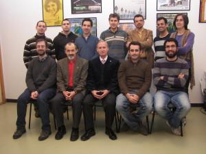 Miembros del grupo de investigación dirigido por el onubense. A la derecha de Pérez Jiménez, Gheorgue Paun, miembro del Instituto de Matemáticas de la Academia de Rumanía, una eminencia científica.