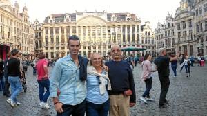 Jesús ha recibido en Bruselas la visita de su familia.