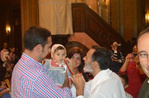 Con el párroco José Manuel Raposo.