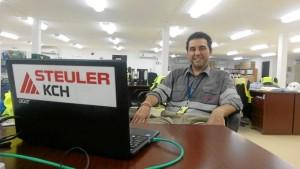 Adán, en la Oficina de Obra.