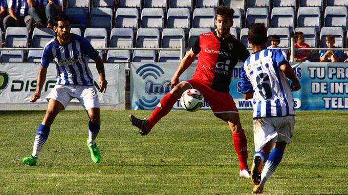 Dominguez cuenta con todos los efectivos disponibles para el choque con el UCAM Murcia. / Foto: Josele Ruiz.