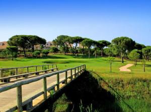 Campos de golf en El Rompido. / Foto: www.dondejugaralgolf.com