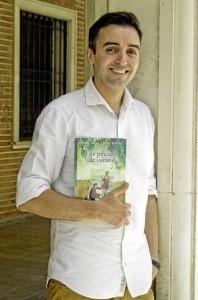 Daniel Blanco, escritor moguereño.