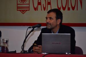 Lluch es profesor de la Universidad CEU. / Foto: Pablo Sayago.