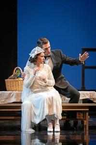 En el mes de noviembre ofrecerá en Bollullos un recital a piano junto a Penélope Carrasco.