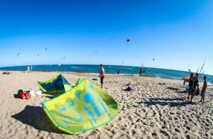 La revista 'Iksurfmag' incluye un reportaje sobre el kitesurf en Huelva.