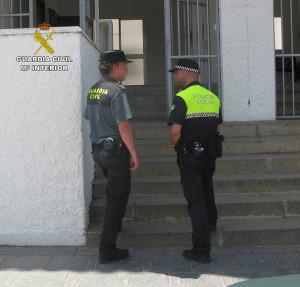 Guardia Civil y Policía Nacional han colaborado en este operativo.