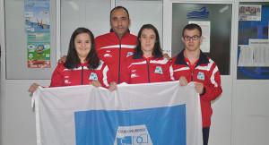 Los representantes del CODA, con su técnico Pepe Griñón.