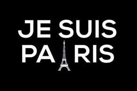 Los onubenses se solidarizan a través de las redes sociales con las víctimas de los atentados de París