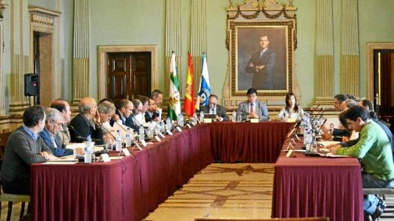 La Mesa de los Fosfoyesos encarga a un comité de expertos un plan de trabajo