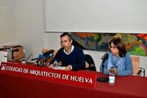 Rueda de prensa en la sede del COAH. / Foto: Pablo Sayago.