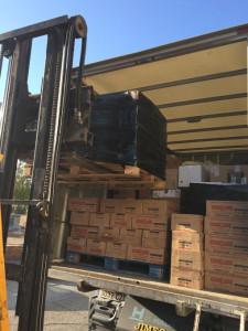 Los alimentos han sido empaquetados para su transporte.