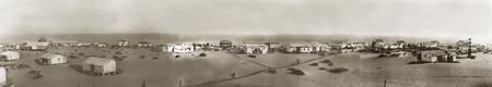 """Panorámica de la situación de las """"Casas de los ingleses"""" en Punta Umbría. En primer plano a la izquierda la CASA DEL GUARDA. Archivo colección particular."""
